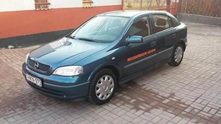 Opel Astra 1.2 (klímás)