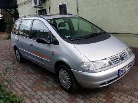 Volkswagen Sharan (7 személyes)